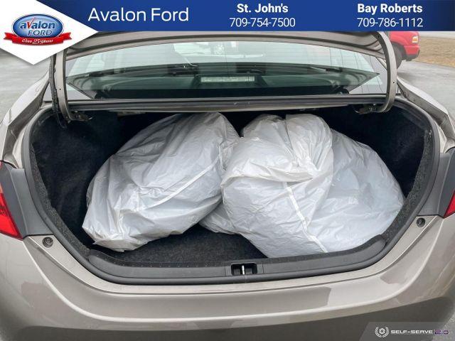 2019 Toyota Corolla 4-door Sedan LE CVTi-S