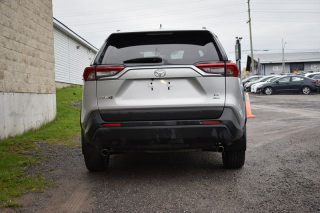 2019 Toyota RAV4 AWD LE  | HEATED SEATS | LANE ASSISIT |