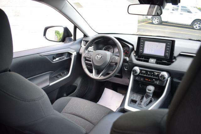 2019 Toyota RAV4 AWD XLE  - Sunroof