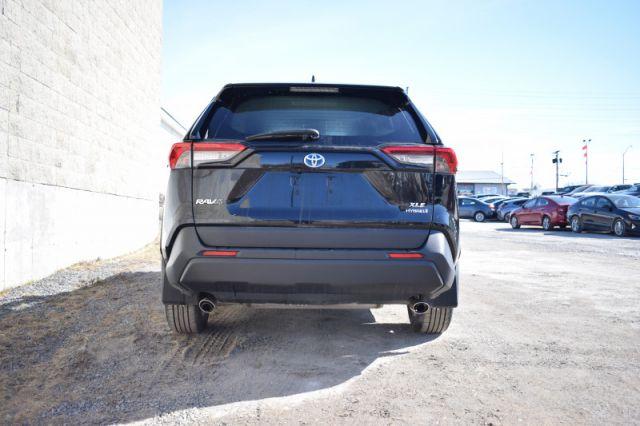 2019 Toyota RAV4 Hybrid XLE  | AWD | SUNROOF