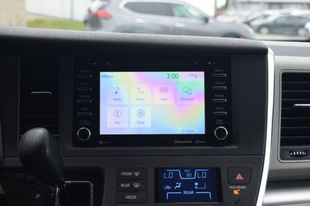 2019 Toyota Sienna LE 8 Passenger  - Heated Seats