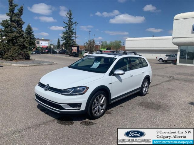 2019 Volkswagen Golf Alltrack   EXECULINE  LEATHER  NAV  SUNROOF SPORTWAGEN  - $214 B/W