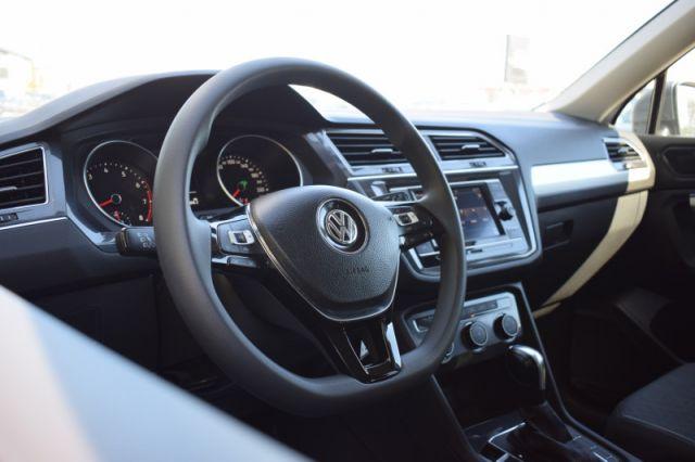 2019 Volkswagen Tiguan Trendline 4MOTION  -  Apple CarPlay