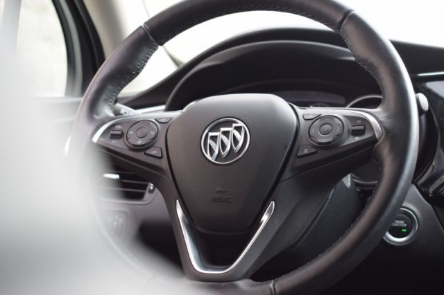 2020 Buick Envision Essence  - Leather Seats -  Heated Seats - $194 B/W