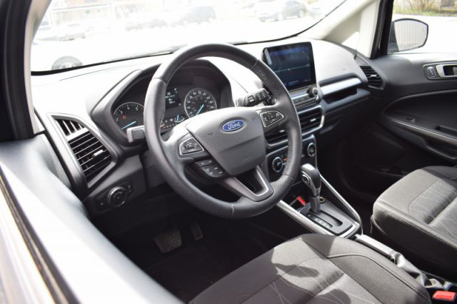 2020 Ford EcoSport SE 4WD    NAV   HEATED SEATS & WHEEL  