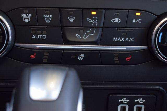 2020 Ford EcoSport Titanium 4WD    SUNROOF   LEATHER   NAV  