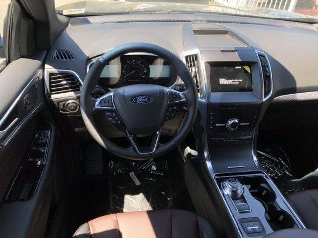 2020 Ford Edge Titanium FWD