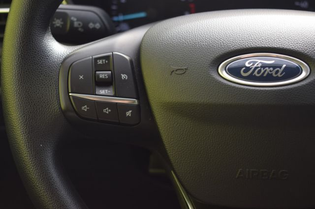 2020 Ford Escape SE 4WD    HEATED SEATS   TOUCHSCREEN   BACKUP CAM  