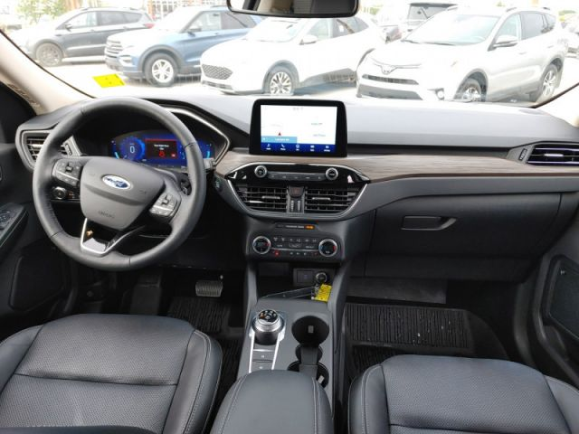2020 Ford Escape Titanium  FORD EXECUTIVE DEMO|RATES 0% UP TO 72 MONTHS OAC
