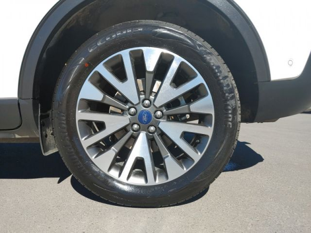 2020 Ford Escape Titanium  FORD EXECUTIVE DEMO|RATES .99 UP TO 84 MONTHS OAC