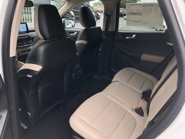 2020 Ford Escape HYBRID Titanium Hybrid FWD