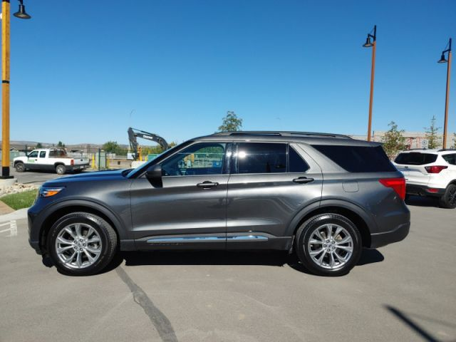 2020 Ford Explorer XLT  FORD EXECUTIVE DEMO|RATES .99 UP TO 72 MONTHS OAC