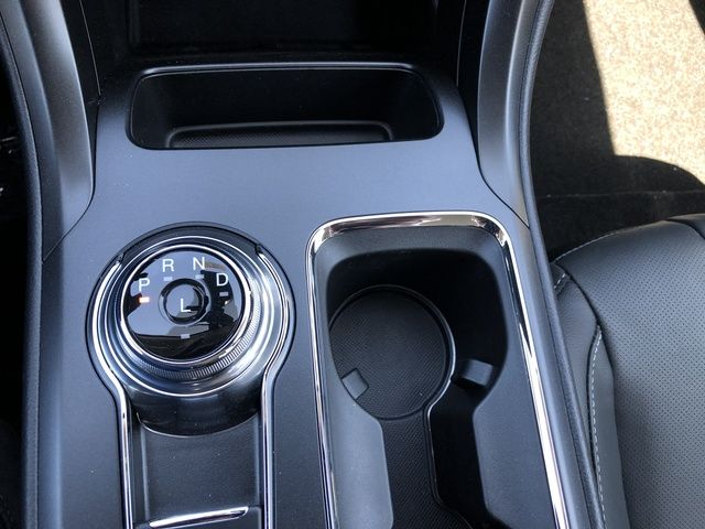 2020 Ford Fusion Energi Titanium FWD