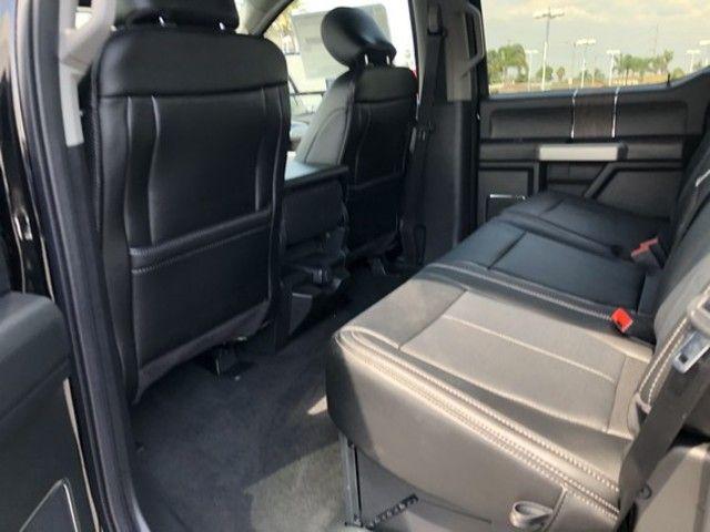 2020 Ford Super Duty F-350 DRW LARIAT 4WD Crew Cab 8 Box