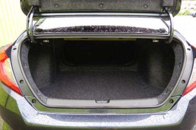 2020 Honda Civic Sedan Touring  | SUNROOF | LEATHER | DUAL CLIMATE | NAV |