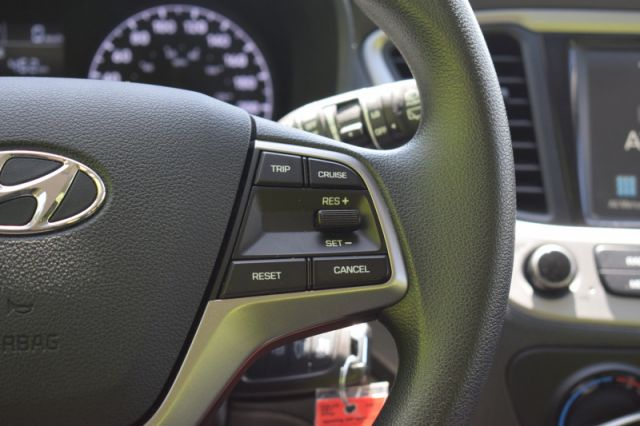 2020 Hyundai Accent Preferred IVT  | HEATED SEATS | BACK UP CAM |