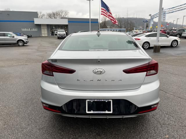 2020 Hyundai Elantra SEL IVT
