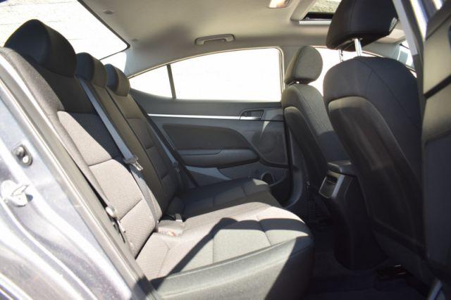 2020 Hyundai Elantra Preferred w/Sun & Safety Package IVT