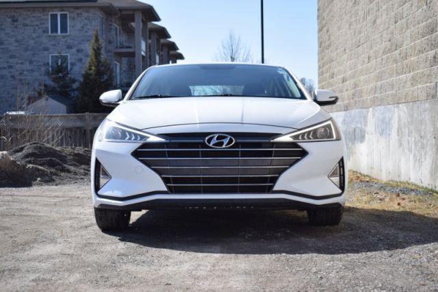 2020 Hyundai Elantra Preferred IVT    HEATED SEATS & WHEEL  