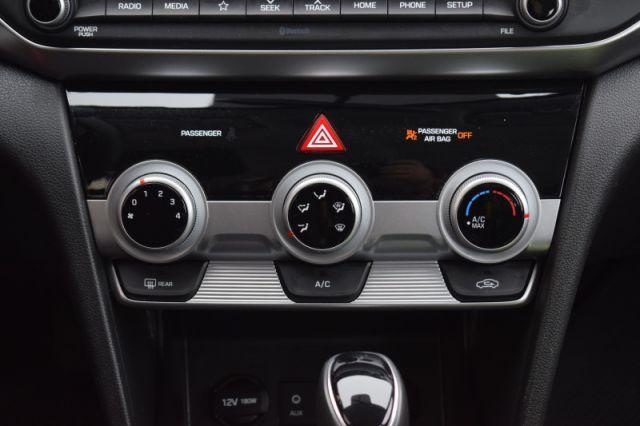 2020 Hyundai Elantra Preferred IVT  | HEATED SEATS & WHEEL | BLIND SPOT MONITORING