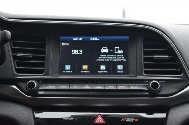 2020 Hyundai Elantra Preferred IVT    BLINDSPOT MONITORING  