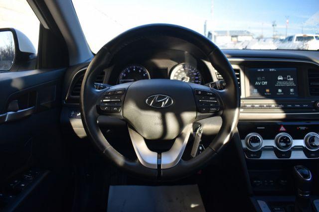 2020 Hyundai Elantra Preferred IVT    BLIND SPOT MONITOR   BACK UP CAM