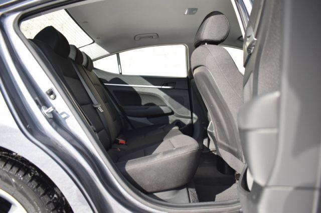 2020 Hyundai Elantra Preferred IVT    HEATED SEATS & WHEEL   BLIND SPOT MONITOR