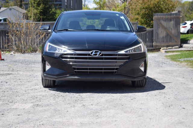 2020 Hyundai Elantra Preferred IVT  | HEATED SEATS & WHEEL |