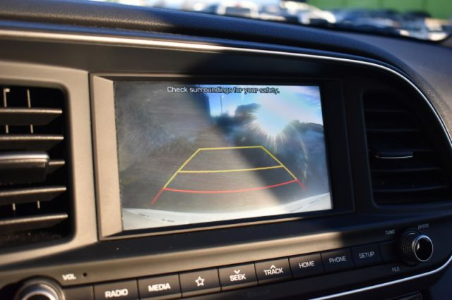 2020 Hyundai Elantra Preferred IVT    BLIND SPOT MONITOR