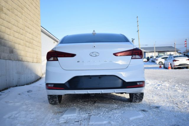 2020 Hyundai Elantra Preferred IVT  | HEATED SEATS & WHEEL | BACK UP CAM