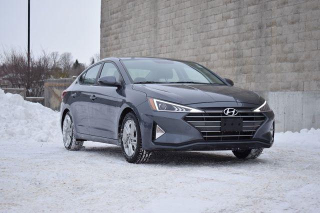 2020 Hyundai Elantra Preferred IVT    HEATED SEATS & WHEEL   BLIND SPOT MONITORING