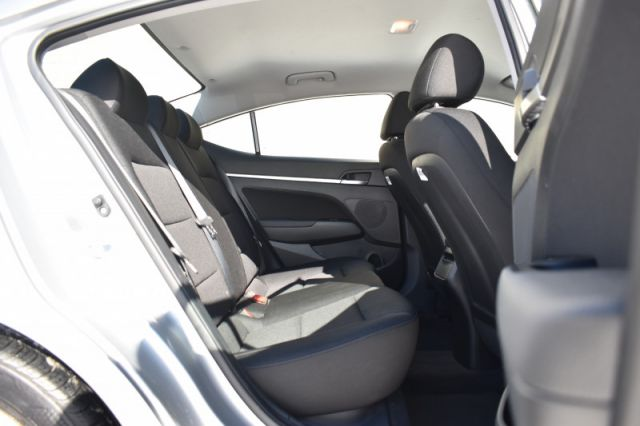 2020 Hyundai Elantra Preferred IVT  -  Heated Seats