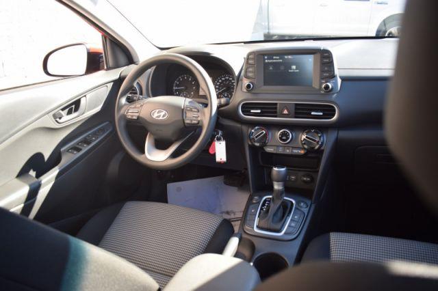 2020 Hyundai Kona 2.0L Essential AWD    HEATED SEATS   APPLE CARPLAY  