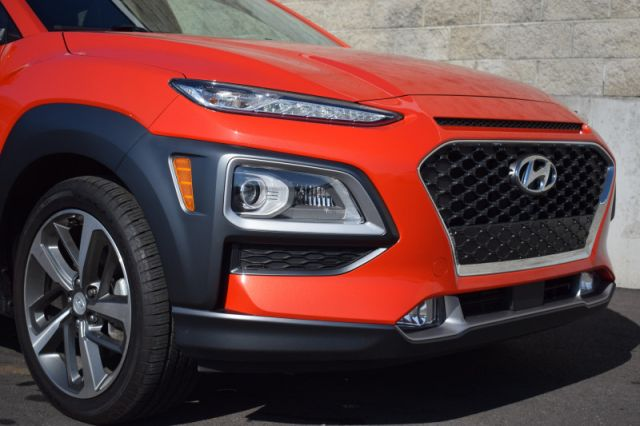 2020 Hyundai Kona 1.6T Ultimate AWD    SUNROOF   LEATHER   NAV  