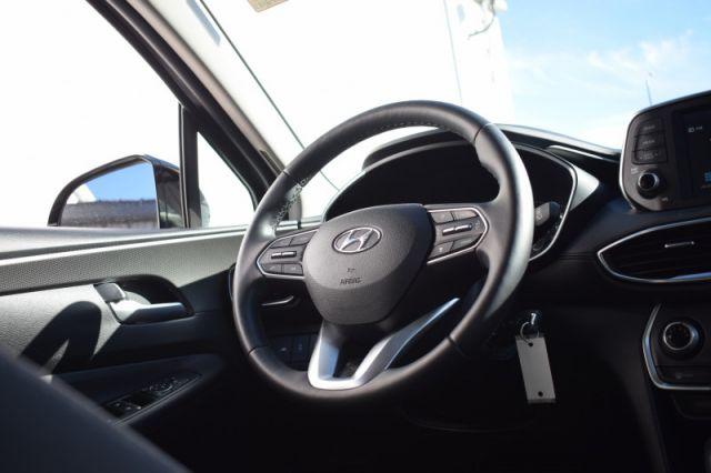 2020 Hyundai Santa Fe 2.4L Essential AWD w/Safety Package  HEATED SEATS   BACK UP CAM