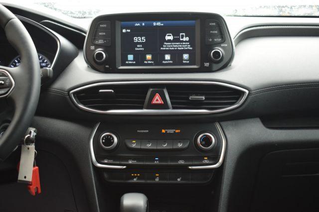 2020 Hyundai Santa Fe 2.4L Essential AWD w/Safety Package  | HEATED SEATS & WHEEL |