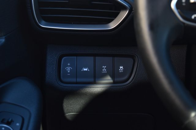 2020 Hyundai Santa Fe 2.4L Essential AWD w/Safety Package  | HEATED SEATS | HEATED WHE