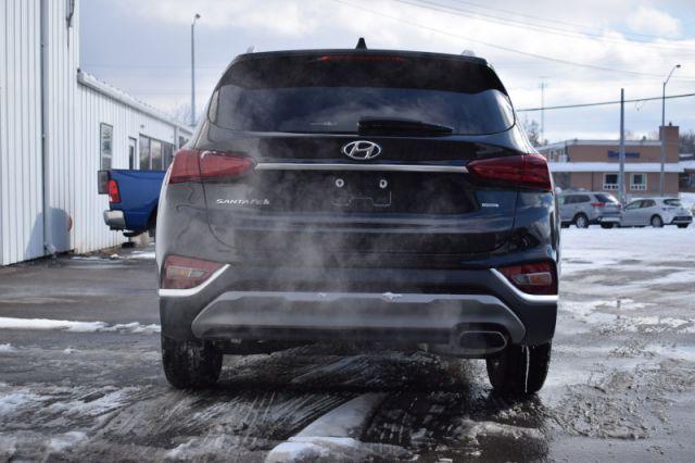2020 Hyundai Santa Fe 2.4L Preferred AWD    AWD   HEATED SEATS & WHEEL