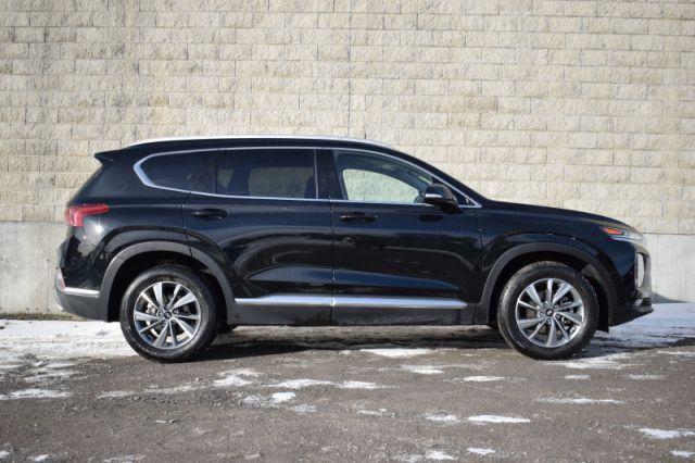 2020 Hyundai Santa Fe 2.4L Preferred AWD    HEATED SEATS & WHEEL  
