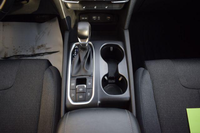 2020 Hyundai Santa Fe 2.4L Preferred AWD  | HEATED SEATS & WHEEL |