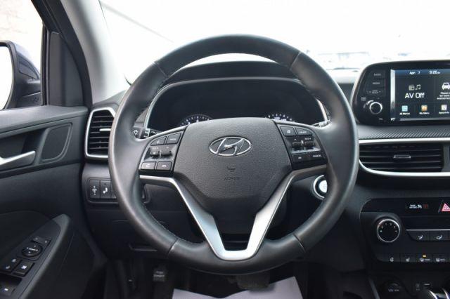 2020 Hyundai Tucson Preferred    BLIND SPOT MONITORING  