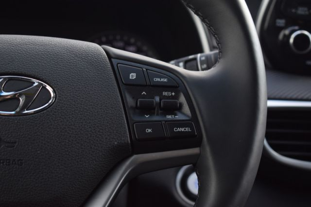 2020 Hyundai Tucson Preferred    HEATED SEATS & WHEEL  