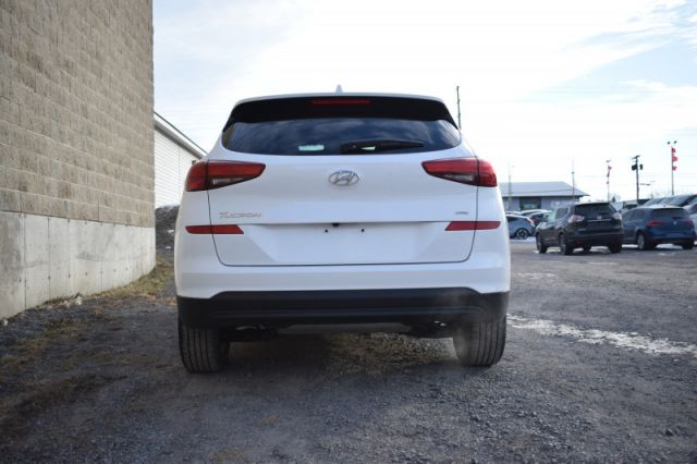 2020 Hyundai Tucson Preferred    AWD   HEATED SEATS & WHEEL
