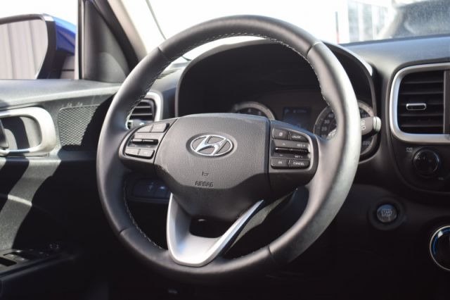 2020 Hyundai Venue Preferred  | HEATED SEATS & WHEEL | BACK UP CAM