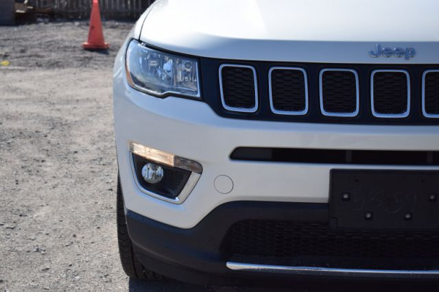 2020 Jeep Compass Limited    4X4   DUAL CLIMATE  