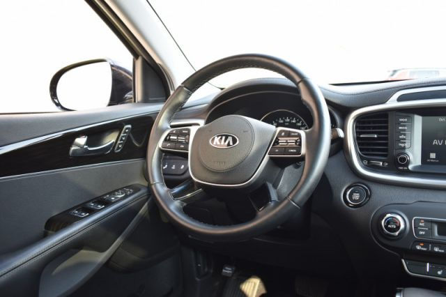 2020 Kia Sorento EX  AWD, Leather, 7 Pass, Roof, V6!