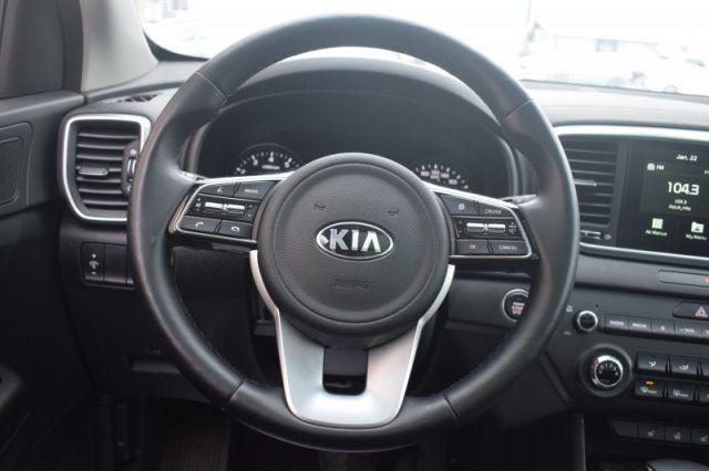2020 Kia Sportage EX    AWD   MOONROOF