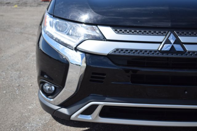 2020 Mitsubishi Outlander ES  | AWD | HEATED SEATS |
