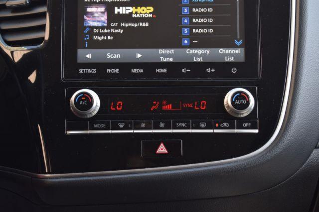 2020 Mitsubishi Outlander ES    AWD   3RD ROW  