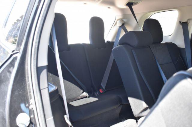 2020 Mitsubishi Outlander ES    BACK UP CAM   3RD ROW  